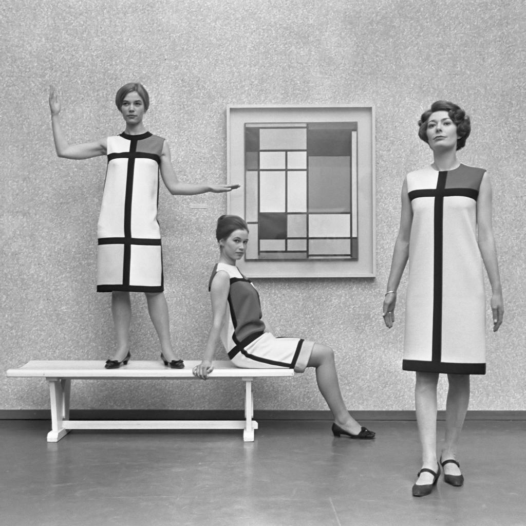 Mondriaanmode door Yves St Laurent (1966)