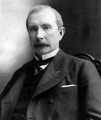 John_D._Rockefeller_1885-338x400