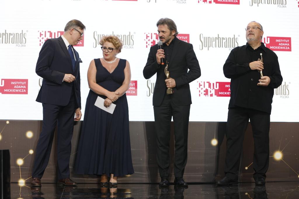 Krzysztof Olendzki, Nina Kowalewska-Motlik, Jarosław Suchan, Lech Majewski. Foto Wrońscy