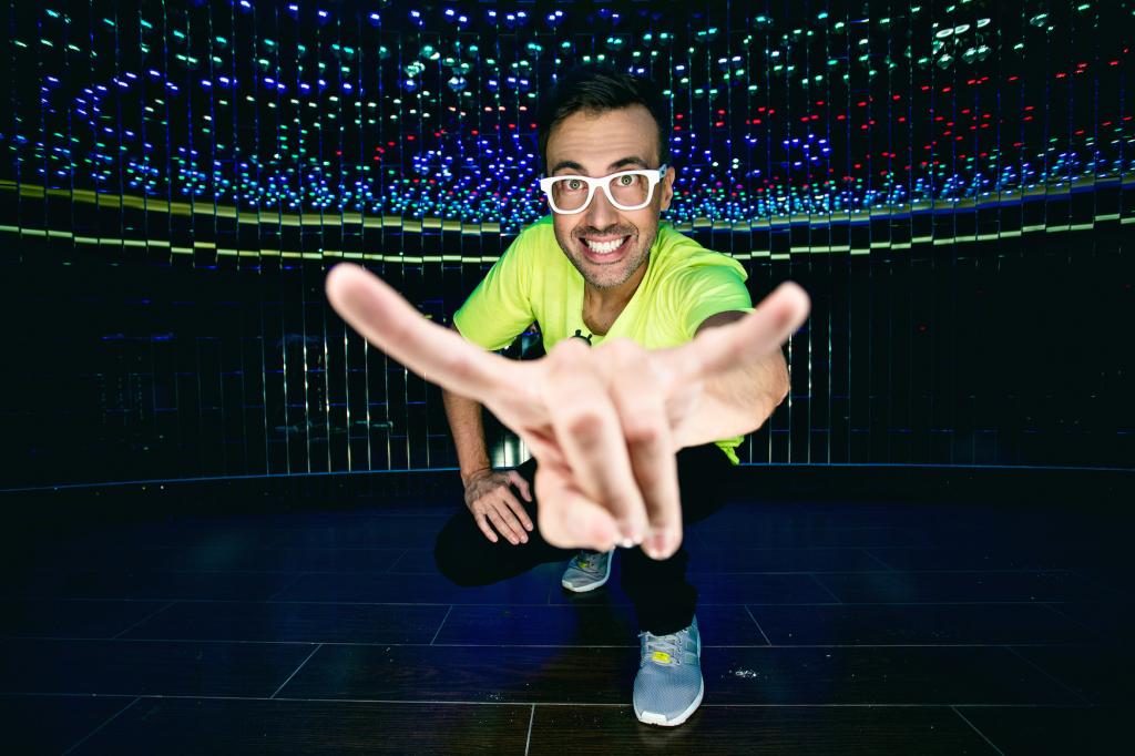 DJ Adamus foto male